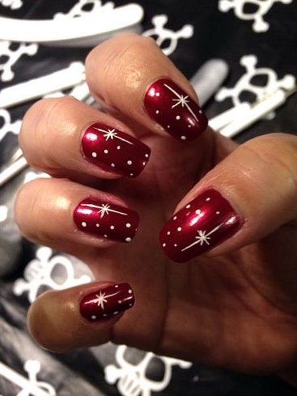 Peppy Christmas Nail Designs