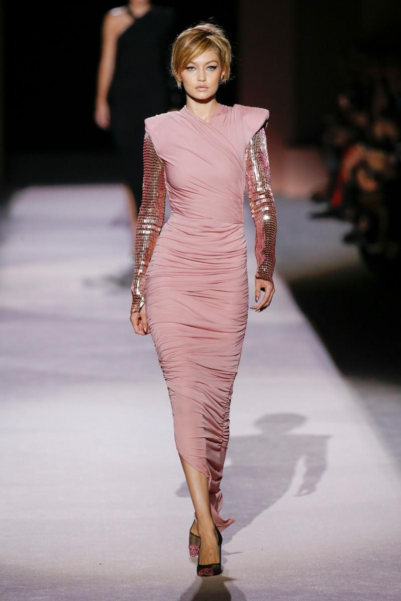 Ravishing Sheath Dresses