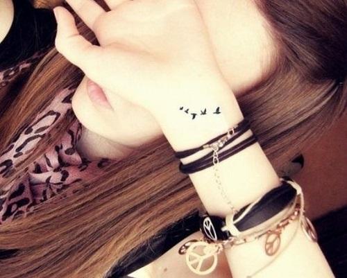 Small Bird Tattoos Designs