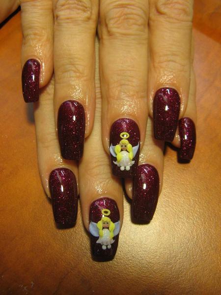 Voguish Christmas Nails